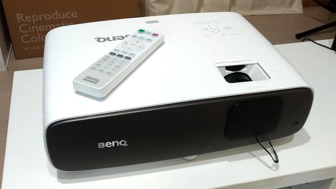 4K/HDR短焦点プロジェクター「BenQ HT3550」が届いたので初期レビュー